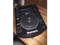 Numark NDX500 CD/USB/MIDI/SERATO Player/Controller