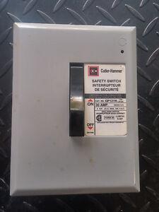 Safety Switch -- Interrupteur de sécurité