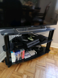 Corner TV stand - excellent condition  OBO