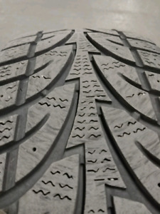 PNEUS D'HIVER /WINTER TIRES 215 70R16