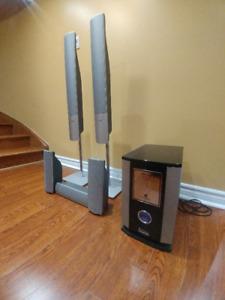 5.1 Surround Sound Speaker System (Castlemore, Brampton)