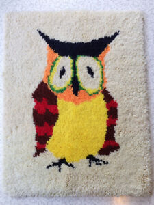 Vintage Owl Latch Hook Rug/Wall Hanging