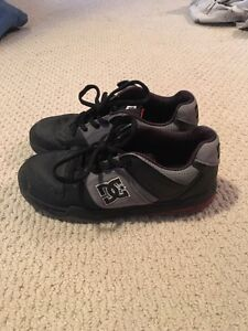DC shoes size 6