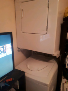 Whirlpool Apartment Washer &  Dryer