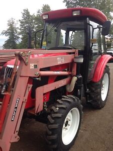 Tractor only 10 hours on machine