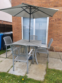 Garden Set Table,Chairs,Parasol,Base/can deliver