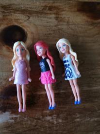 Mini travel Barbies