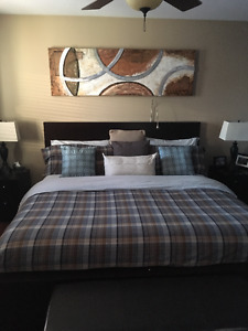 Bed comforter/duvet cover with cushions - king size bed