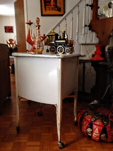 Table d'appoint Vintage Industriel / Lavabo Antique West Island Greater Montréal image 6