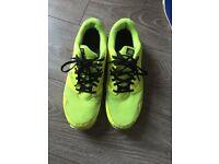 Illuminus yellow genuine men's Nike trainers size 9