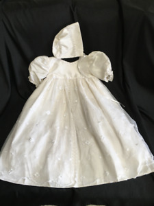 Baby Girl Baptisimal Gown and Bonnet