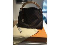 Real Artsy Louis Vuitton bag