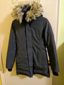 **BRAND NEW** TNA Winter Jacket For SALE!