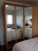 Ensemble de Chambre à Coucher / Bedroom Set