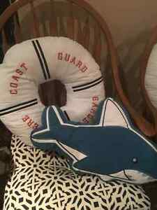9 EUC Children's Pillows - Perfect for a reading nook $50 FIRM Cambridge Kitchener Area image 3