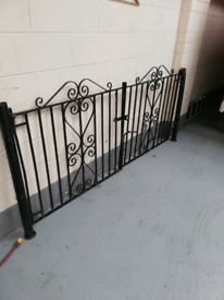 Double gatesdouble gates with posts and fittings.