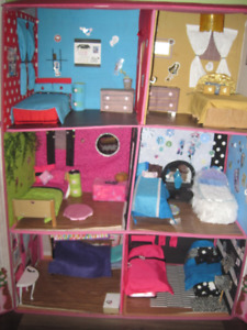 Maison Monster High (Barbie)