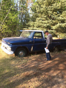 1966 GMC 910 truck for rebuild