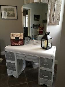 Beautiful antique dresser/mirror distressed