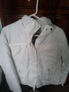 Women's size small winter coat. Columbia is the make.Pics.