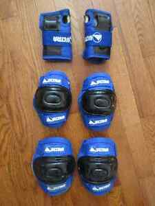 Knee, Elbow and Wrist Pads for Child or Petite Adult Cambridge Kitchener Area image 1