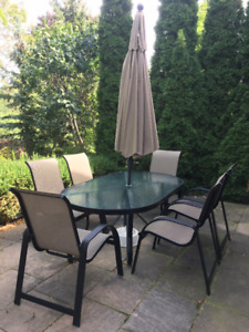 Patio Set - Table & 6 Chairs