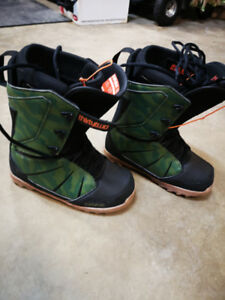 Snowboard boots men's size 10