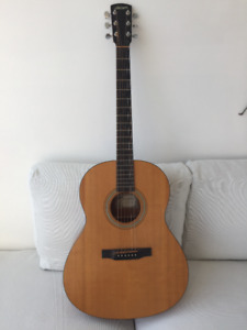 Larrivee acoustic guitar - Model L-02