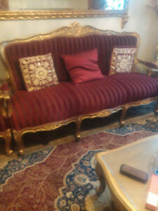 GOLD SOLID WOOD VICTORIAN LIVING ROOM SET