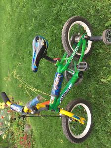 2 bikes Boy bike (4-6) girl bike (8-11)