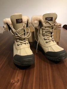 UGGS - CHAUSSURE D'HIVER