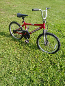 Kids bike around age 7-13 and helnet