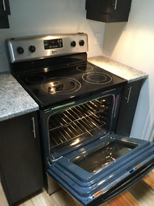 """Maytag 30"""" self cleaning electric range"""