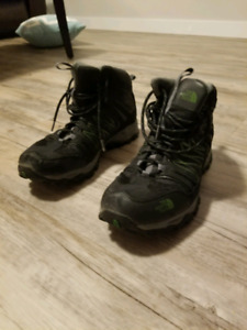 North Face hiking boots size 10