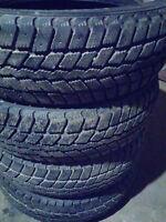 """Winter tires 185/65/15 Nexen good condition (Toyota 15"""" )"""