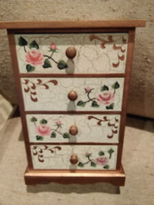 Hand painted Jewellery Box