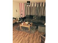 2 bed flat looking for 3 bed house ASAP