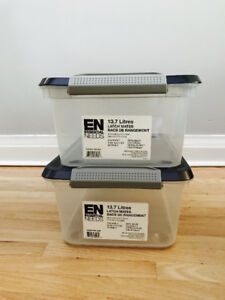 2x plastic storage boxes with lids - almost new