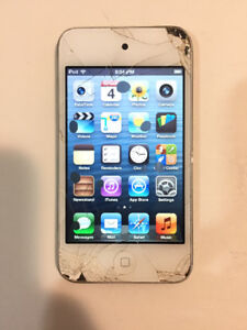 Apple iPod touch 4th Gen (8GB)