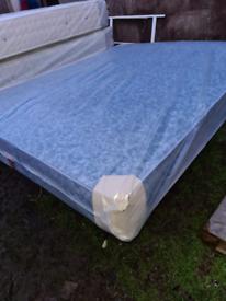 brand new waterproof bed still in wrapper never open it king size