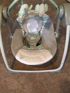 Baby Swing in Like New Condition