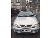 2000 Renault Megane Coupe for spares or repair