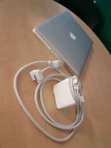 "Macbook pro 15"" great condition"