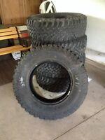 5 large tread jeep tire set for sale