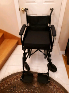 Fauteuil de transport /Wheelchair