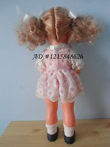 "Vintage Girl Doll 18"" Musical Baby Rock A Bye 1976 Hong Kong Kitchener / Waterloo Kitchener Area image 4"