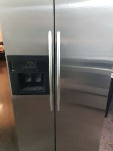 "36"" stainless steel KitchenAid side-by-side fridge/refrigerator"