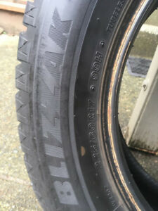 4 Winter Tires Bridgestone 225/65R17 Blizzak DM-V2 102S BL
