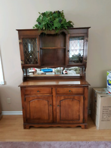 display/kitchen cabinet