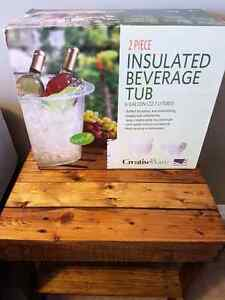 Insulated beverage tub brand new